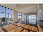 ENORMOUS+ Sun-Filled 3BR/ 3BATHS in FULL LUX Building! Exclusive Amenities!