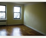 SOHO DISTRICT!! TOTALLY RENOVATED SOHO ONE BEDROOM APARTMENT! CALL EMERY!!