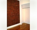 PRICE DROP! AMAZING 1BR ON 23RD ST AND 3RD AV! EXPOSED BRICK WALLS! WASHER/DRYER EQUIPPED! DON'T MISS IT!