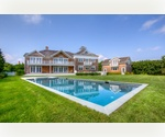 BRIDGEHAMPTON SOUTH NEWLY CONSTRUCTED NESTLED BETWEEN HORSE COUNTRY AND THE BEACH