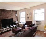 CHARMINGLY Elegant 1BD with exposed bricks, fireplace, very high ceilings, lots of light etc...